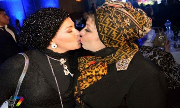 صابرين تتحدث عن قبلتها المثيرة للجدل مع سهير رمزى .. لا عيب ولاحرام !!
