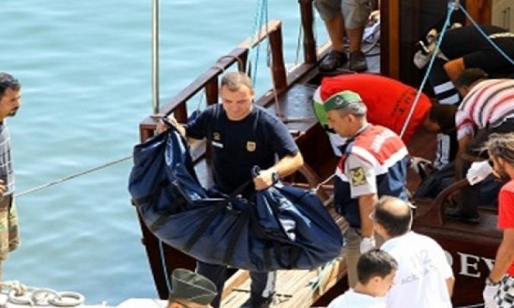 قوات البحرية الأيطالية تتمكن من أنقاذ 560 لاجئا غير شرعى