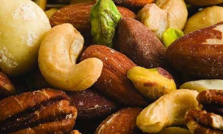 حكاية أشهر حلوى رمضانية.. الخشاف