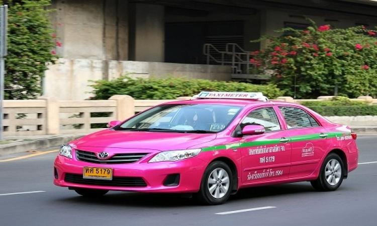 """""""بينك تاكسى """" أول خدمة لتوصيل الإناث فقط فى مصر"""