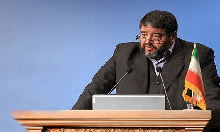 إيران تمنع المسؤولين من استخدام هاتفهم الذكى لتفادى التجسس