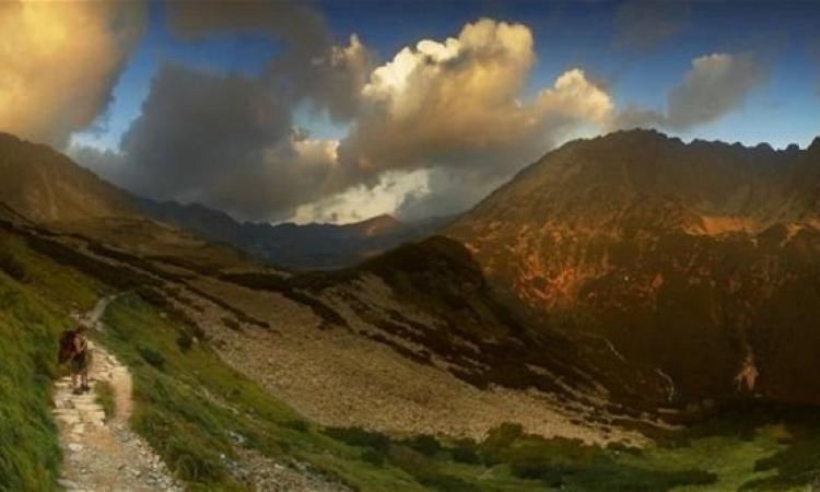 10 سنوات من حياته من أجل تصوير الجبال.. بس  الموضوع يستحق