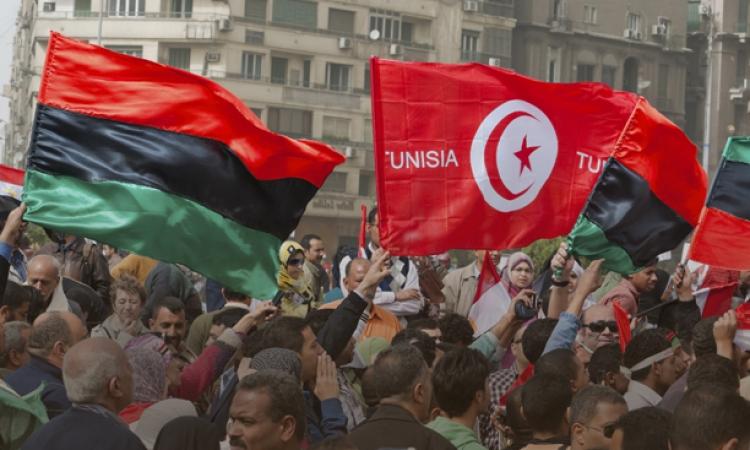 المجلس الأعلى لثوار ليبيا يحذر تونس من الاستمرار فى بناء الجدار