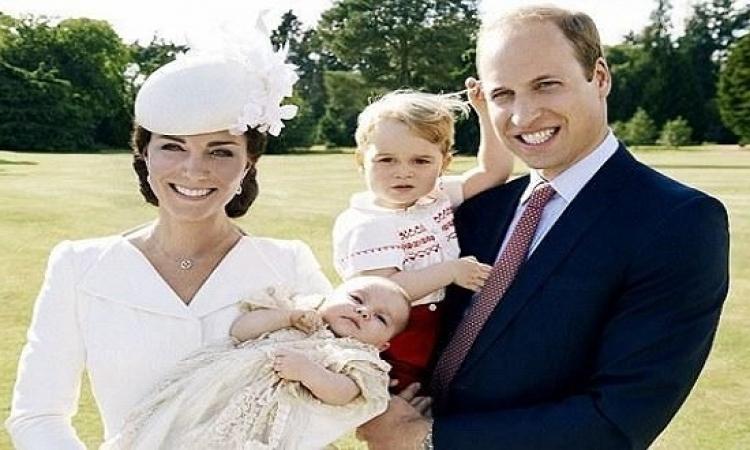 هذه هى هدية الجد لحفيده الأمير جورج فى عيد ميلاده الثانى!!