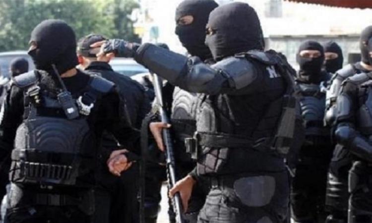 الأمن التونسى يقبض على ثلاث شبان متورطين فى تسفير الشباب لسوريا