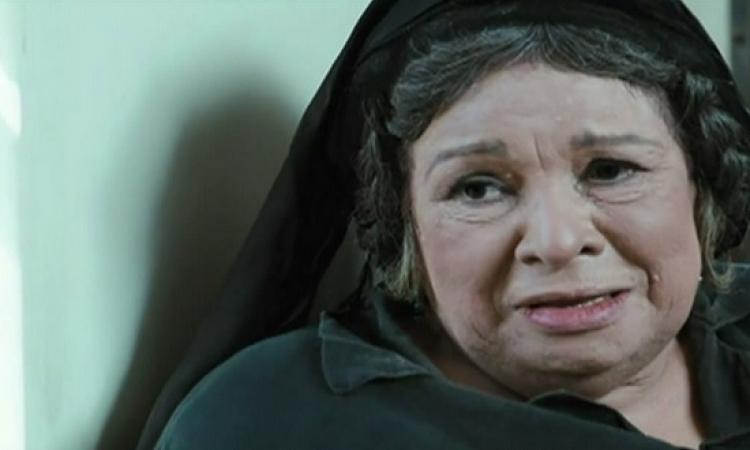 بالفيديو.. تعرف على الممثلة الشهيرة أخت الفنانة كريمة مختار