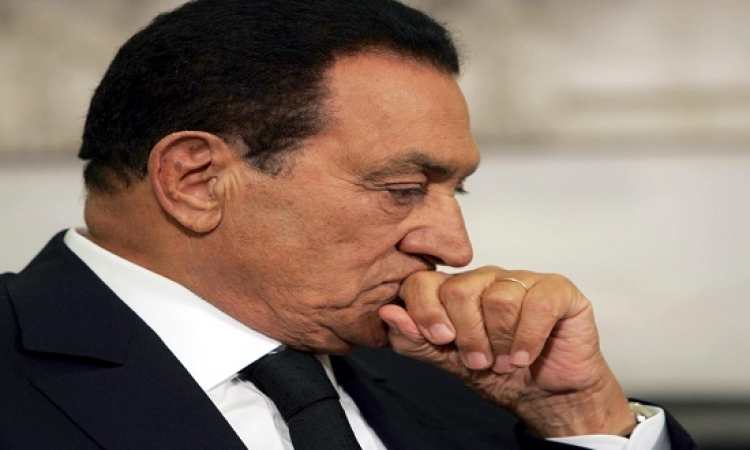 تقرير إسرائيلى : مبارك فى العناية المركزة بعد إصابته بجلطة