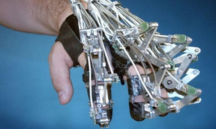 أجهزة ذكية للتحكم في الأطراف الاصطناعية للإنسان