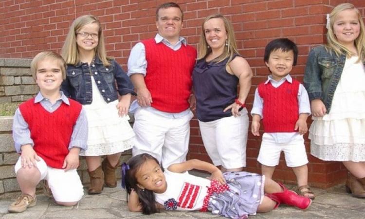 عائلة الأقزام السبعة لم تعد سبعة .. شاهد الصور