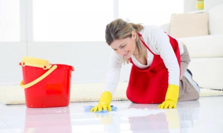 بمناسبة تنفيضة العيد .. إزاى تنظفى أنواع الأرضيات المختلفة؟