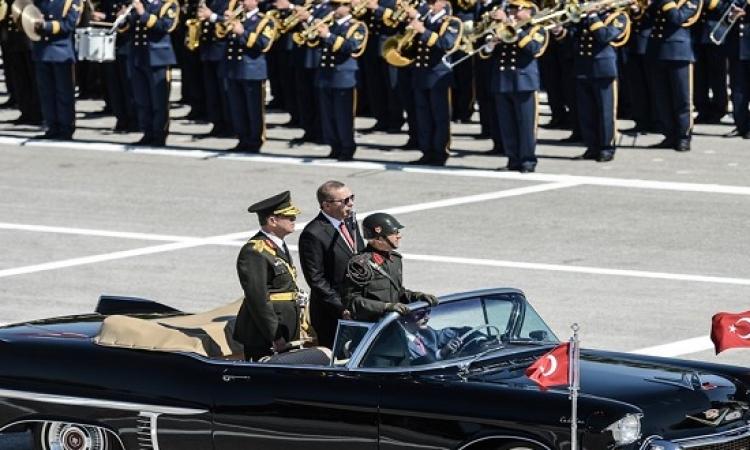 بالصور.. تركيا تحتفل بالذكرى 93 لعيد النصر بحضور أردوغان