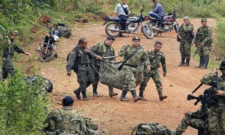 السلطات الكولومبية تلقى القبض على 700 مروج للمخدرات