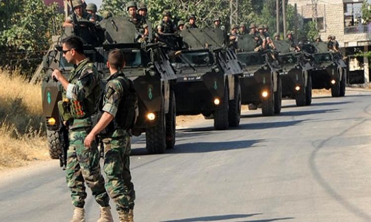 الجيش اللبنانى يقصف مسلحين شرقى البلاد