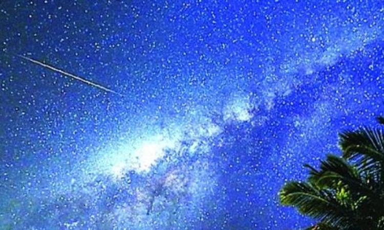 سكان السعودية على موعد بعد الغروب من رؤية شريط النجوم