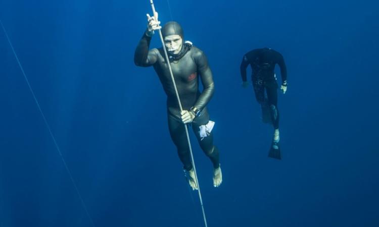 اختفاء بطلة الغوص الروسية مولتشانوفا في مياه اسبانيا