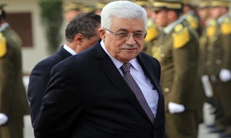 محمود عباس يصل القاهرة للمشاركة فى افتتاح قناة السويس الجديدة