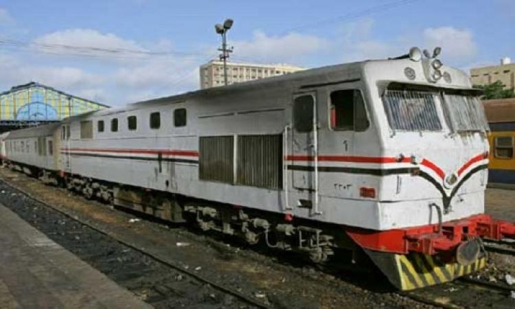 عودة حركة القطارات بمحافظة سوهاج بعد توقف 3 ساعات بسبب اشتعال جرار