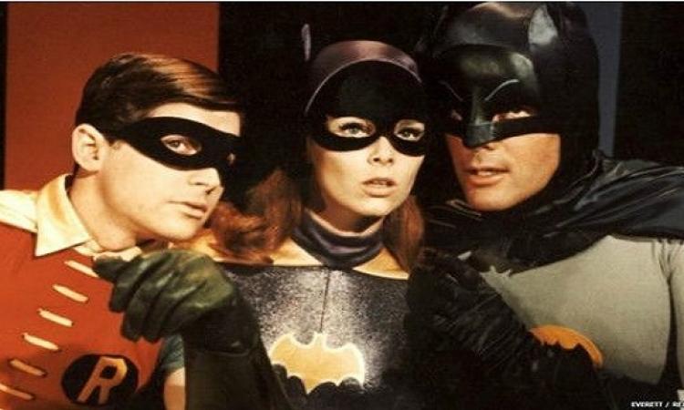 وفاة ممثلة الفتاة الوطواط إيفون كريغ عن 78 عاما