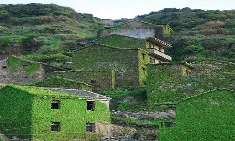 بالصور.. هوتو الصينية مدينة يهجرها سكانها فتتحول لتحفة فنية