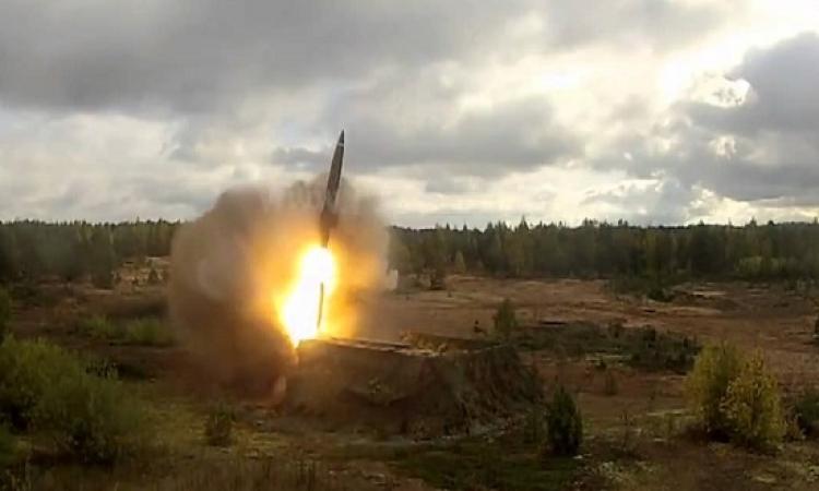 الدفاع الجوى السعودى يدمر صاروخ سكود فوق خميس مشيط
