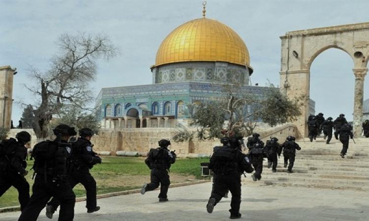 بالفيديو .. وزير إسرائيلى يشارك المستوطنين اقتحام المسجد الأقصى .. والسلطة الفلسطينية تندد