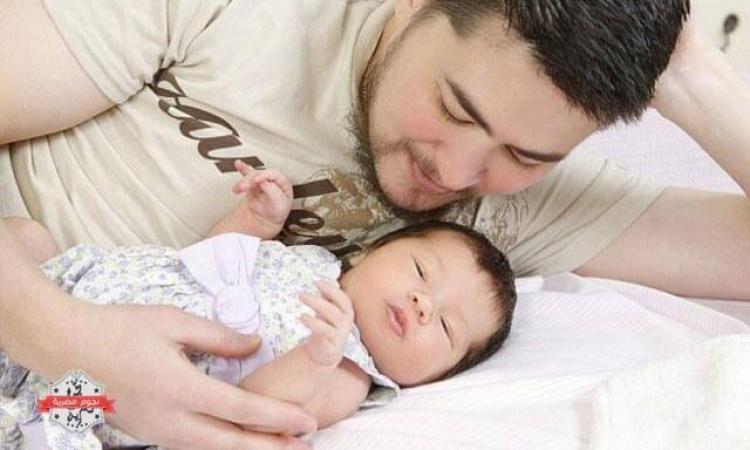 دراسة حديثة: بكاء الرضع يؤثر على دخل الأسرة