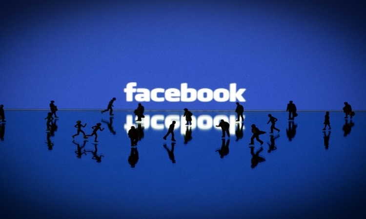مليار و550 مليون مستخدم نشط للفيس بوك .. غالبيتهم من مستخدم المحمول !!