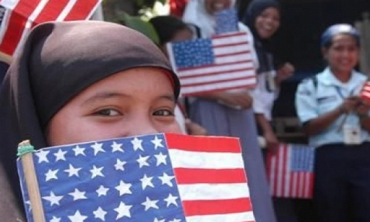 أمريكا تسمح للمهاجرين المعاقين ذهنيا بالإقامة الدائمة