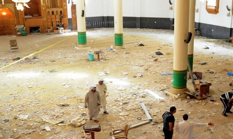 قتيلان و19 جريحا بتفجير انتحارى داخل مسجد فى نجران بالسعودية
