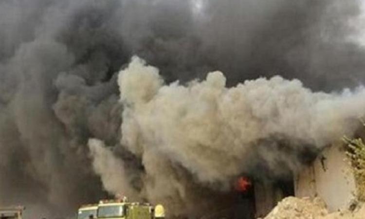 حريق هائل بمكة المكرمة فى ثلاث مستودعات للأثاث