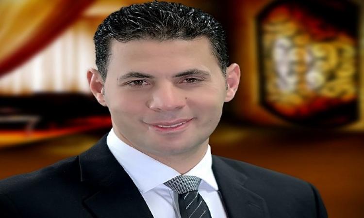 بالفيديو .. حساسين للسيسى : حضرتك راضى بالذل اللى إحنا فيه ؟؟