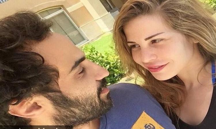 بالصور.. رومانسية أحمد فهمى ومنة حسين فهمى تسعد المعجبين