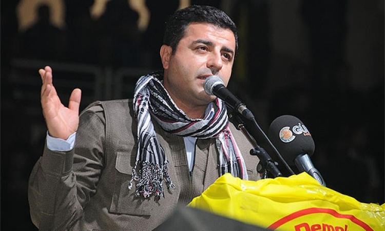 دميرطاش: أردوغان يدفع تركيا نحو حرب أهلية.. شكله عايز يبيد الأكراد