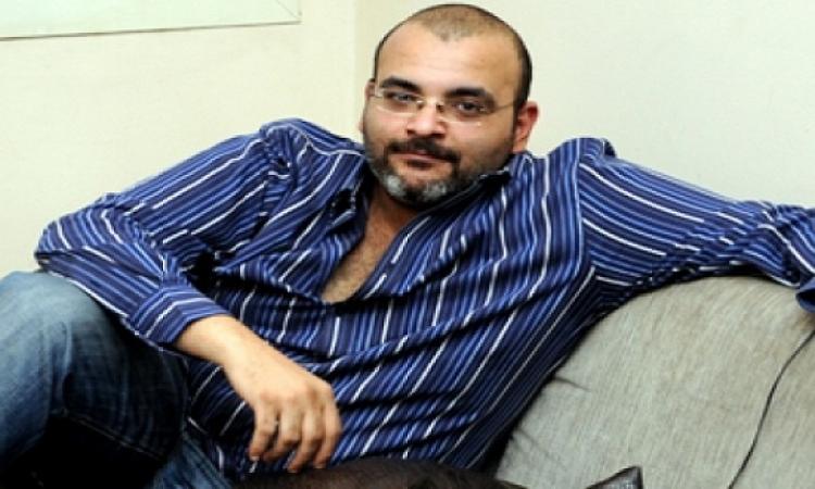 الشاعر أيمن بهجت: كانوا لازم يستنونى ويأجلوا الانتخابات