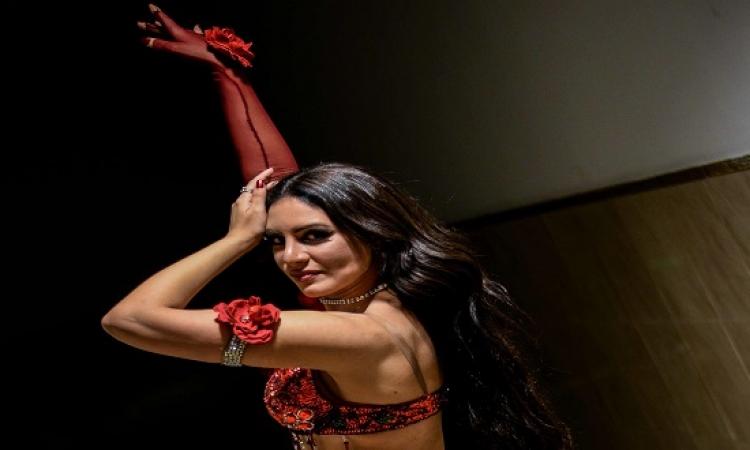 بالصور .. الدكتورة إيمى تثبت أن الرقص .. ممكن فعلاَ يبقى هندسة !!