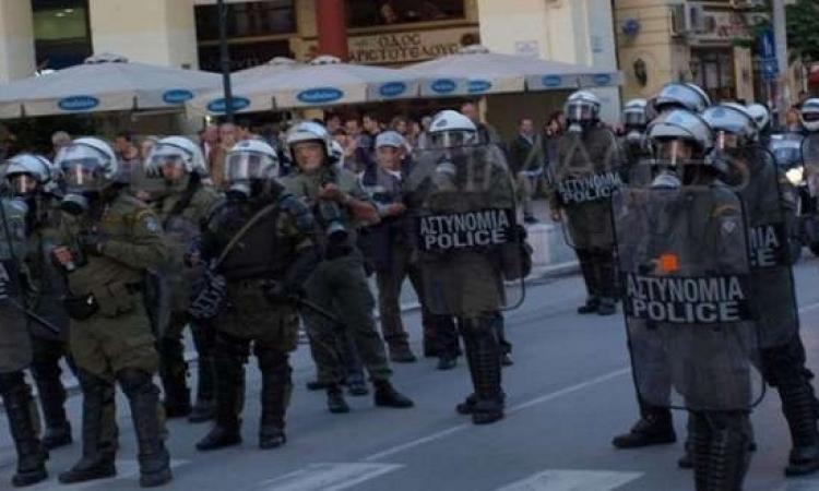 السلطات اليونانية تحرر 34 مهاجرا من قبضة عصابة أفغانية بينهم مصرى
