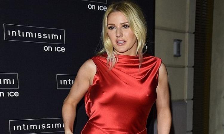 بالصور .. إيلى جولدينج ترفع حرارة جليد فيرونا .. بإطلالة حمراء مثيرة!!