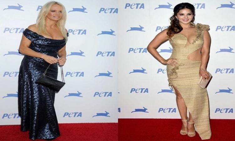 بالصور .. الجميلتان باميلا أندرسون وصانى ليون يخطفان الانظار فى احتفالية PETA