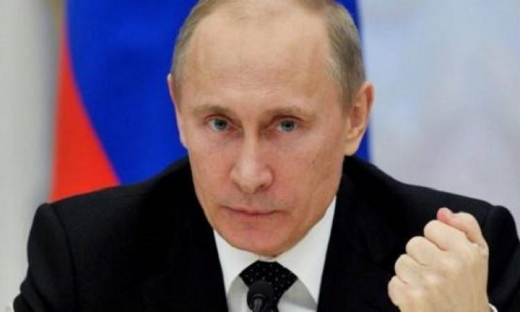 بوتين يفرض عقوبات اقتصادية قاسية ضد تركيا ردأ على اسقاط الطائرة
