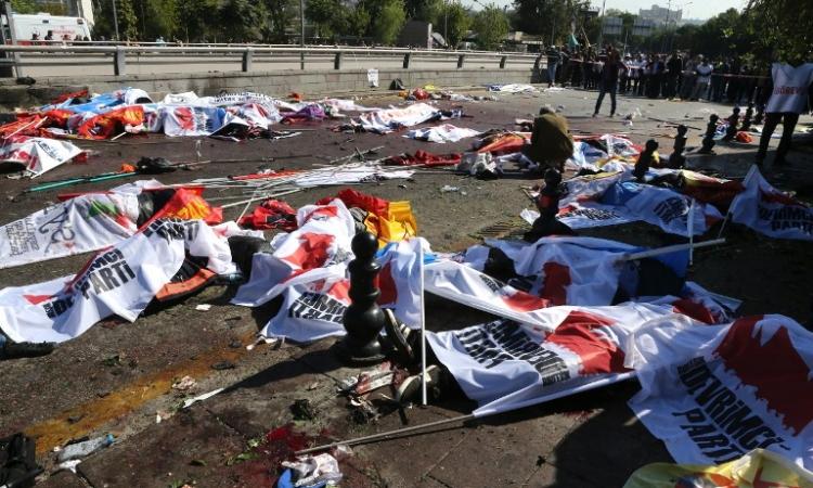ضحايا تفجير أنقرة المزدوج يرتفعون إلى 86 قتيلاً و165 مصابًا