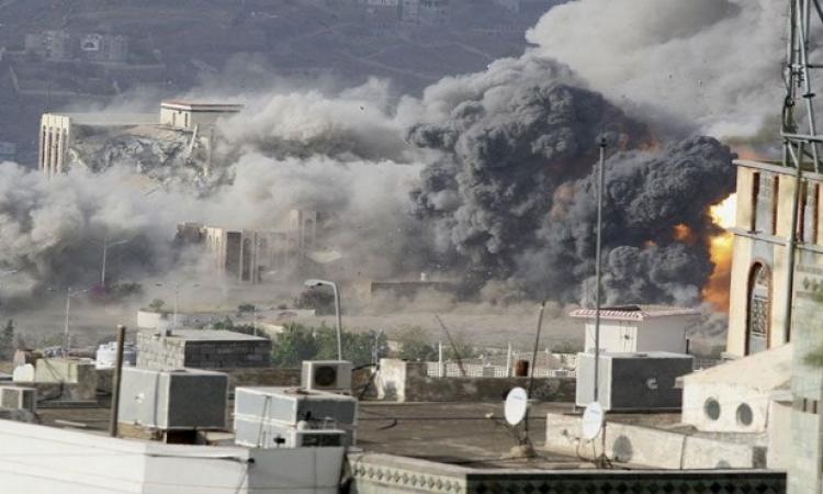 تكثيف الهجمات على الحوثيين لفك الحصار عن تعز
