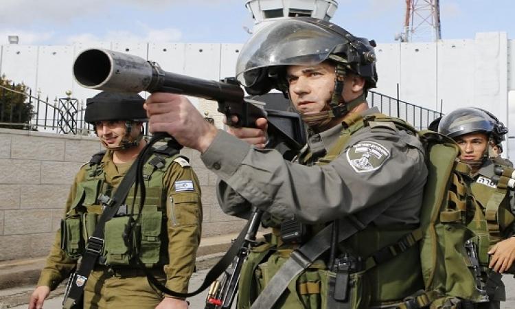 لمجرد الشك فيها .. الاحتلال يقتل فلسطينية فى الخليل !!