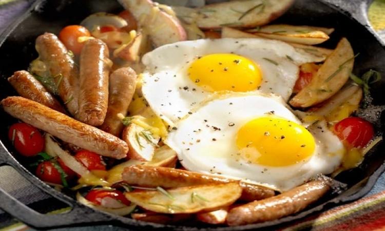 إفطار غنى بالبروتين يساعد على إنقاص الوزن