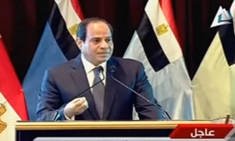 بالفيديو .. مذيعة بماسبيرو تهاجم السيسى والضيف مرعوووب !!