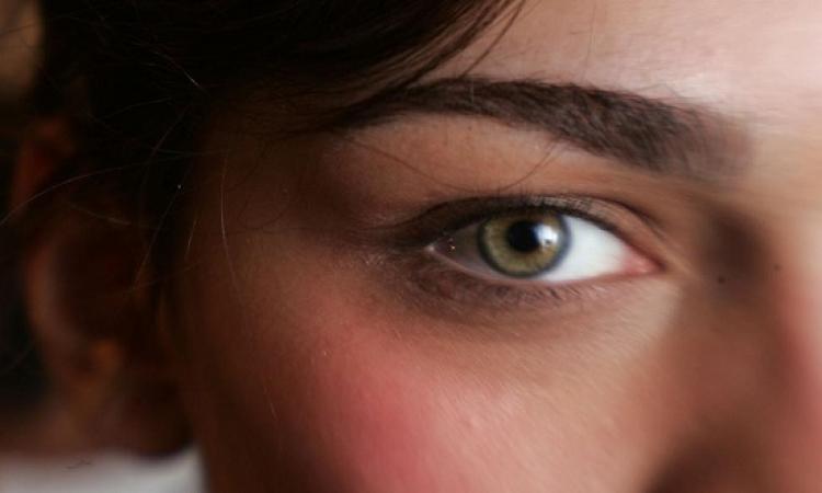 تعرف على جفاف العين والأطعمة التى تعالجه
