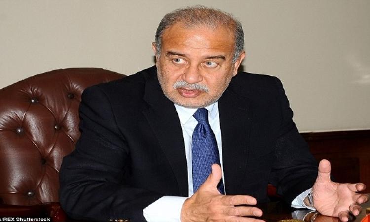 شريف إسماعيل يوجه بسرعة عرض الدراسة لمشروع التأمين الصحى الجديد