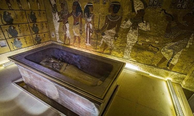 مقبرة توت عنخ آمون تكشف عن أسرار غرف مخبأة