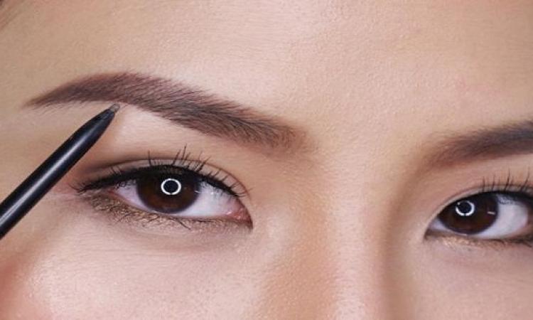 حيل لصاحبات العيون الضيقة عند وضع الماكياج