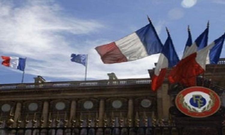 بالفيديو .. فرنسا بدء حالة الطوارىء ومنع التظاهرات