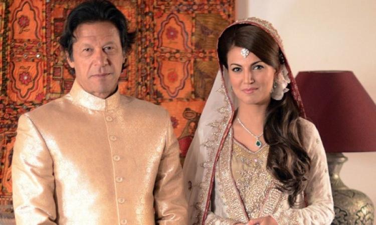 """الملياردير """"خان"""" يطلق زوجته.. طردت كلابه من غرفة النوم"""